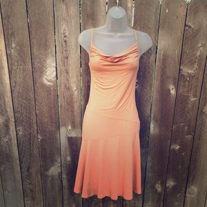 BCBG peach 🍑 perfect dress Size Small